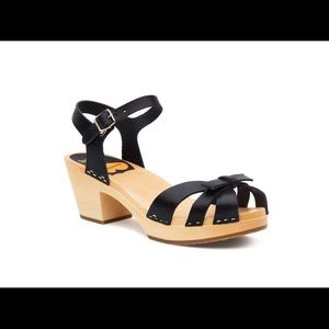 Hasbeen bow sandals